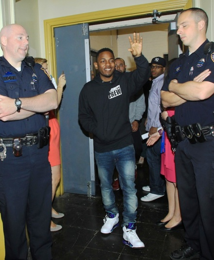newest collection 60f85 fcfb5 Kendrick Lamar was seen in a Black Hippy Crew pullover hoodie ( 50 ...